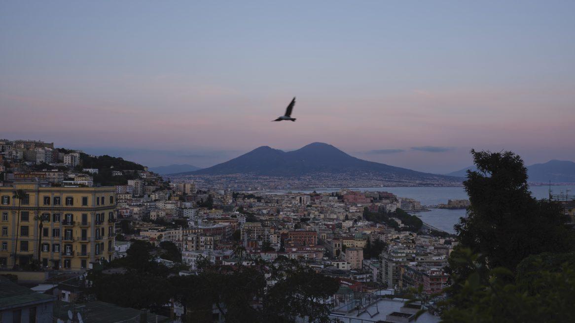 In volo su Napoli #740